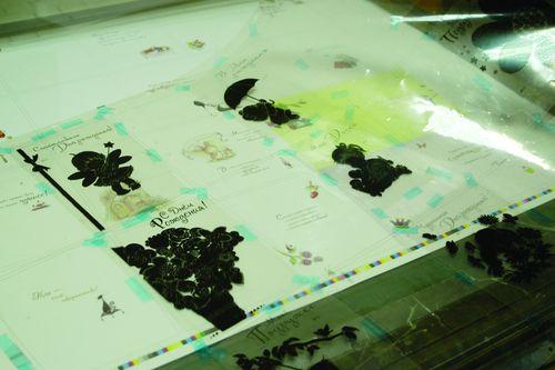 Монтаж фототехнической пленки для точного расположения конгрева. Пленочный чертеж также нужен при заказе вырубного штампа усторонней организации
