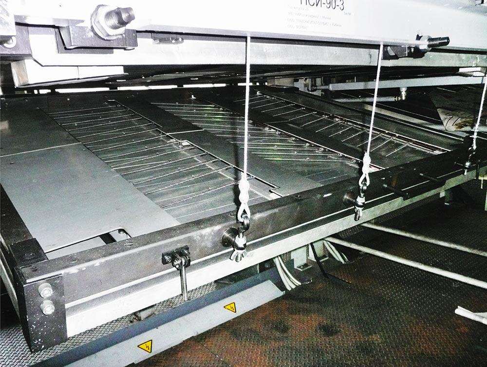 Рис. 8. Инфракрасное сушильное устройство рулонной печатной машины